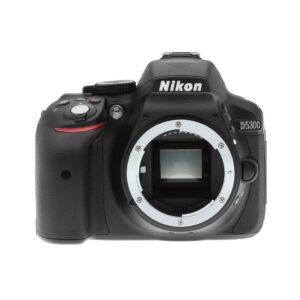 Nikon D5300 Front